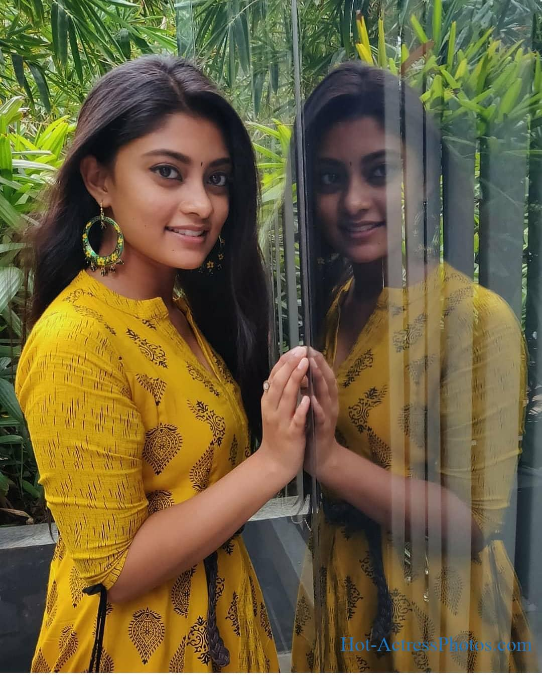 Asuran Movie Actress Ammu Abhirami Photos