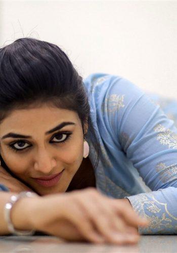 Magamuni Movie Actress Indhuja Ravichandran New Photoshoot Stills