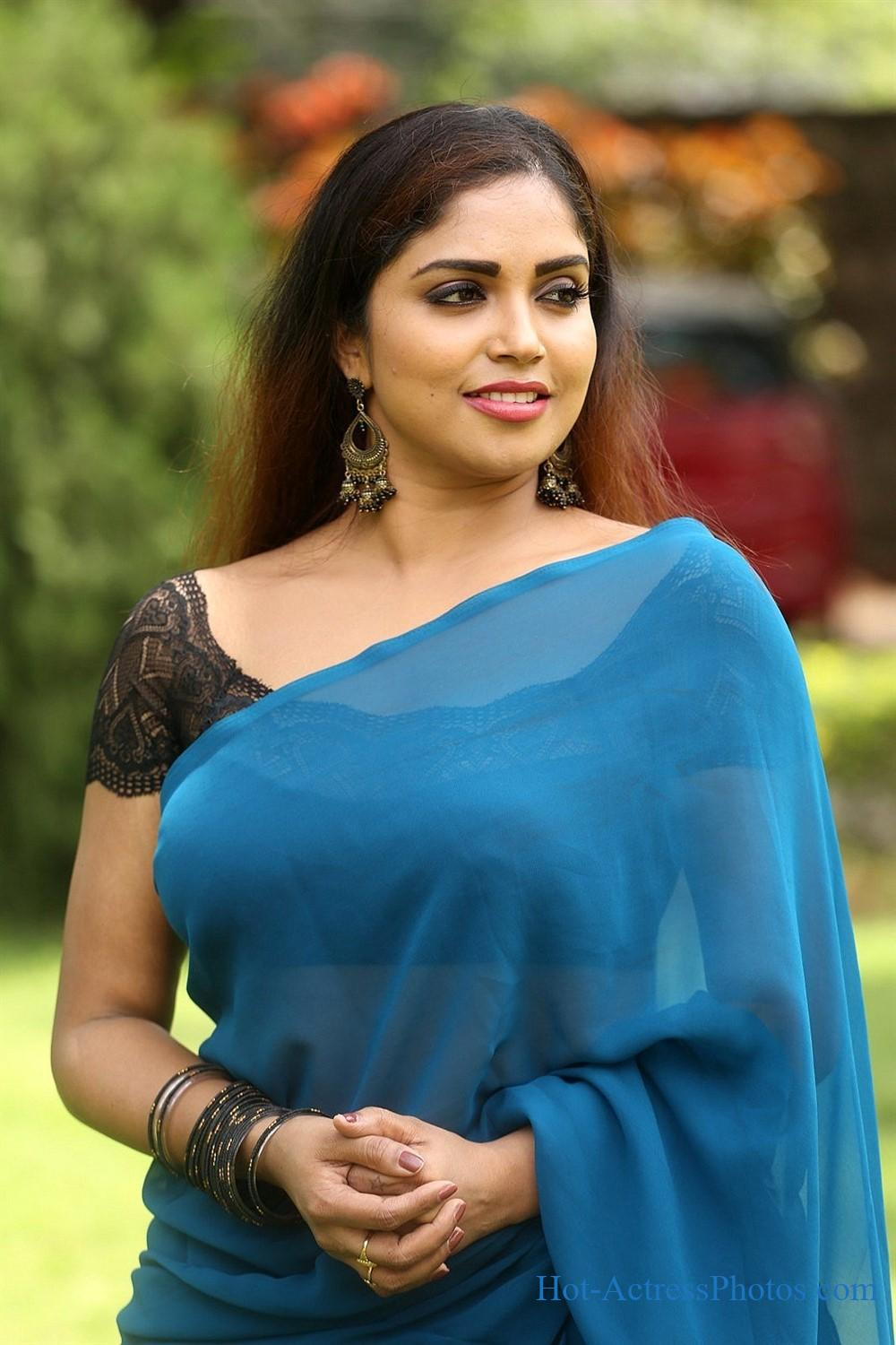 Karunya Chowdary Latest Hot Photos in Blue Saree