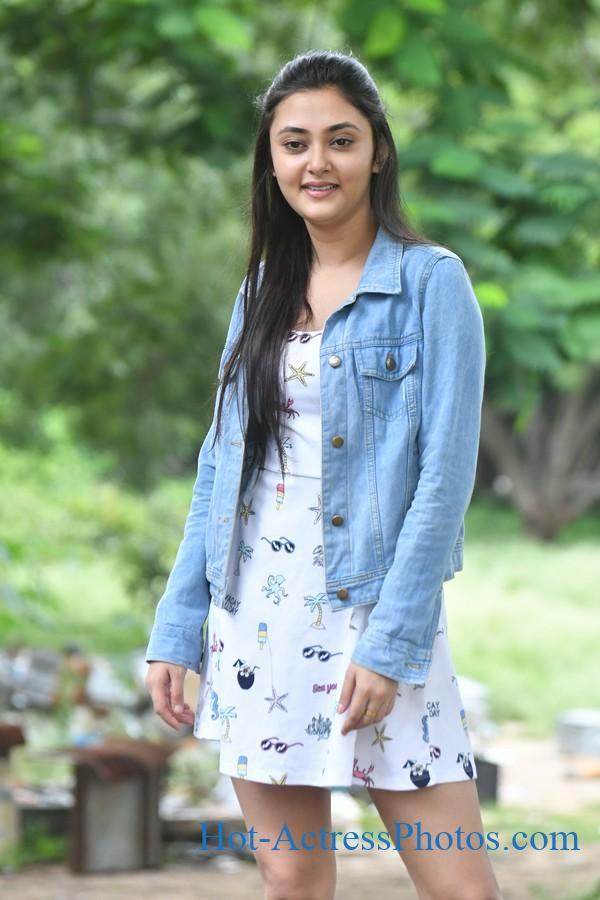 Megha Chowdhury Latest Images