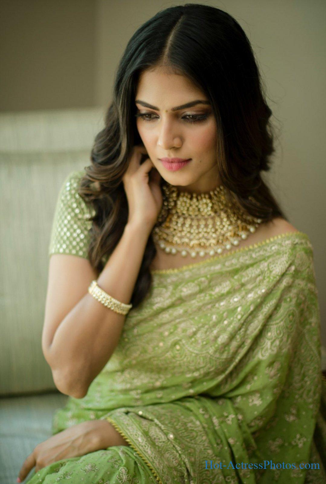 Malavika Mohanan Hot Photos In Green Saree At Thalapathy 64 Movie Pooja