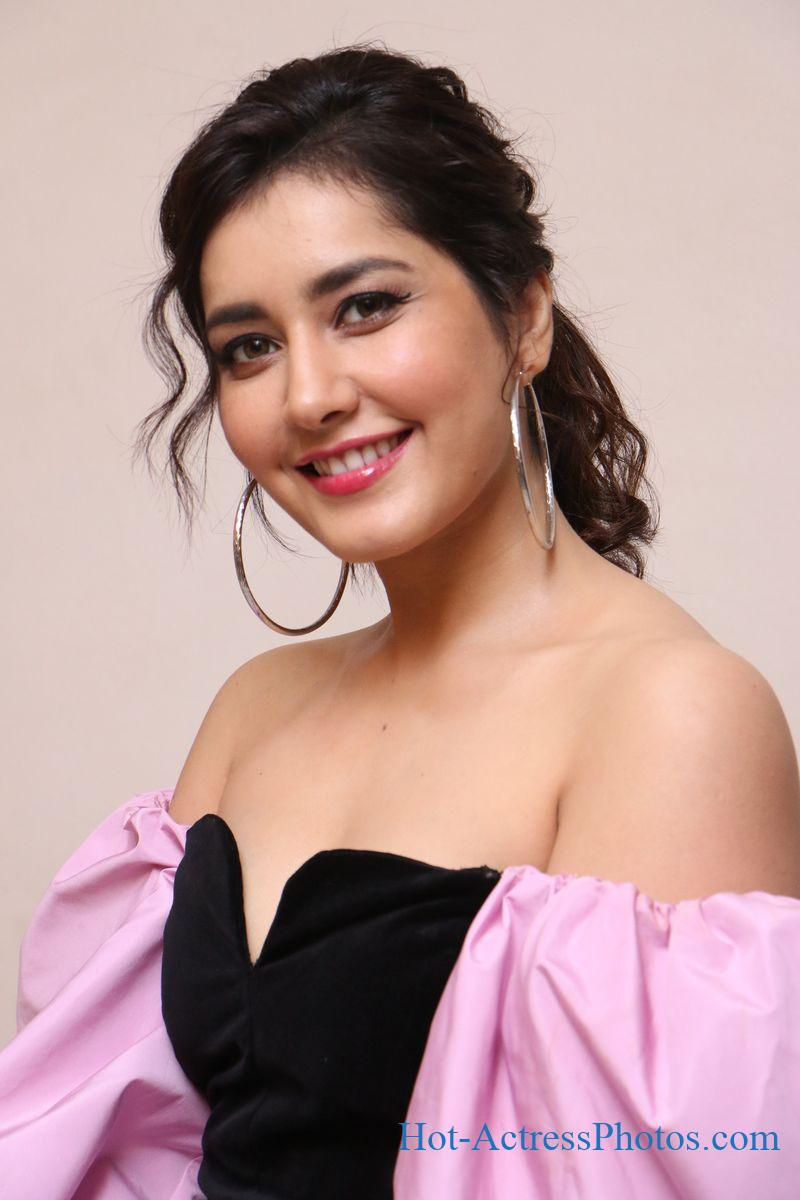 Raashi Khanna Hot Photos At Prati Roju Pandage movie song Oo Baava Launch