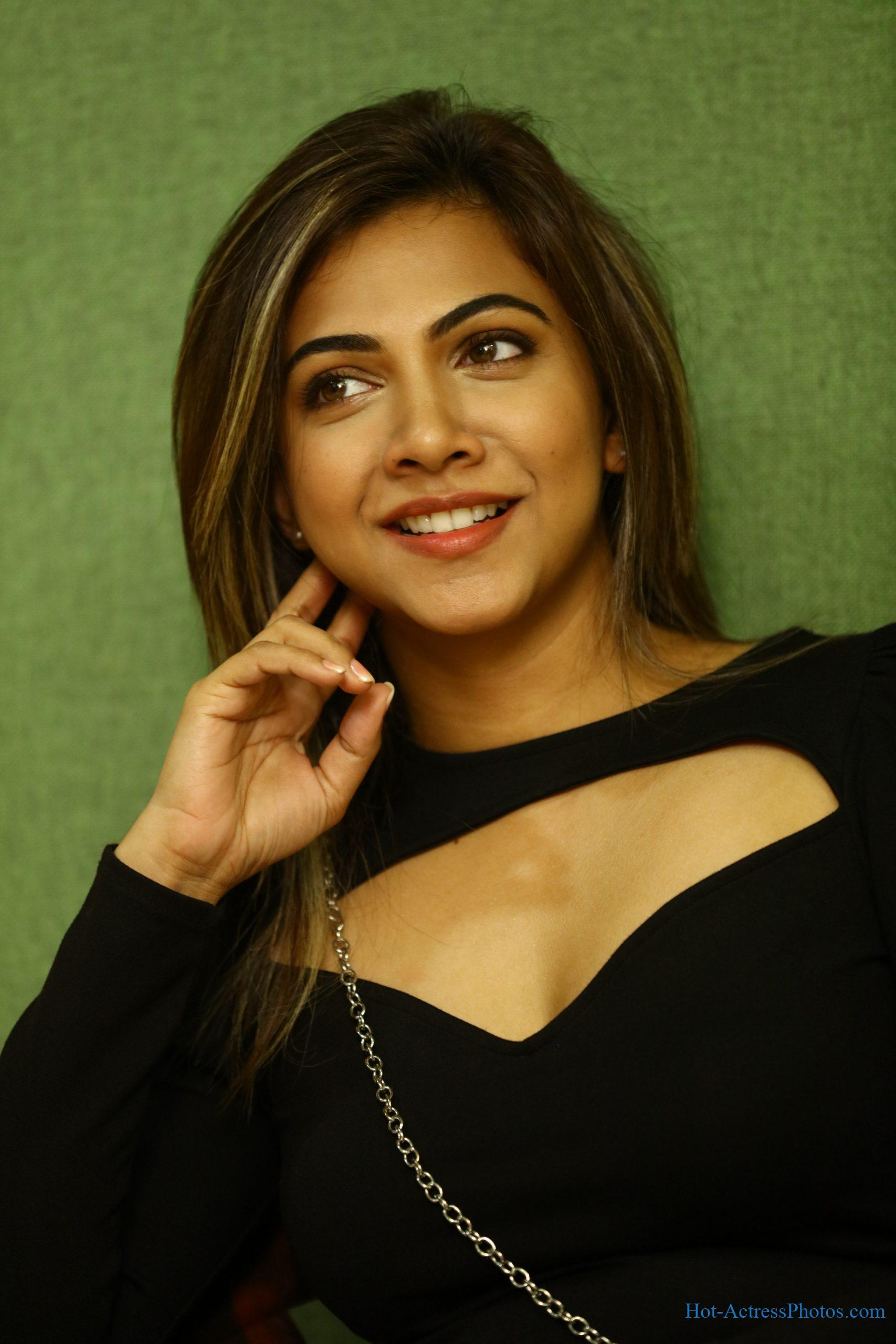 Madonna Sebastian Hot Photos At Vaanam Kottatum Audio launch