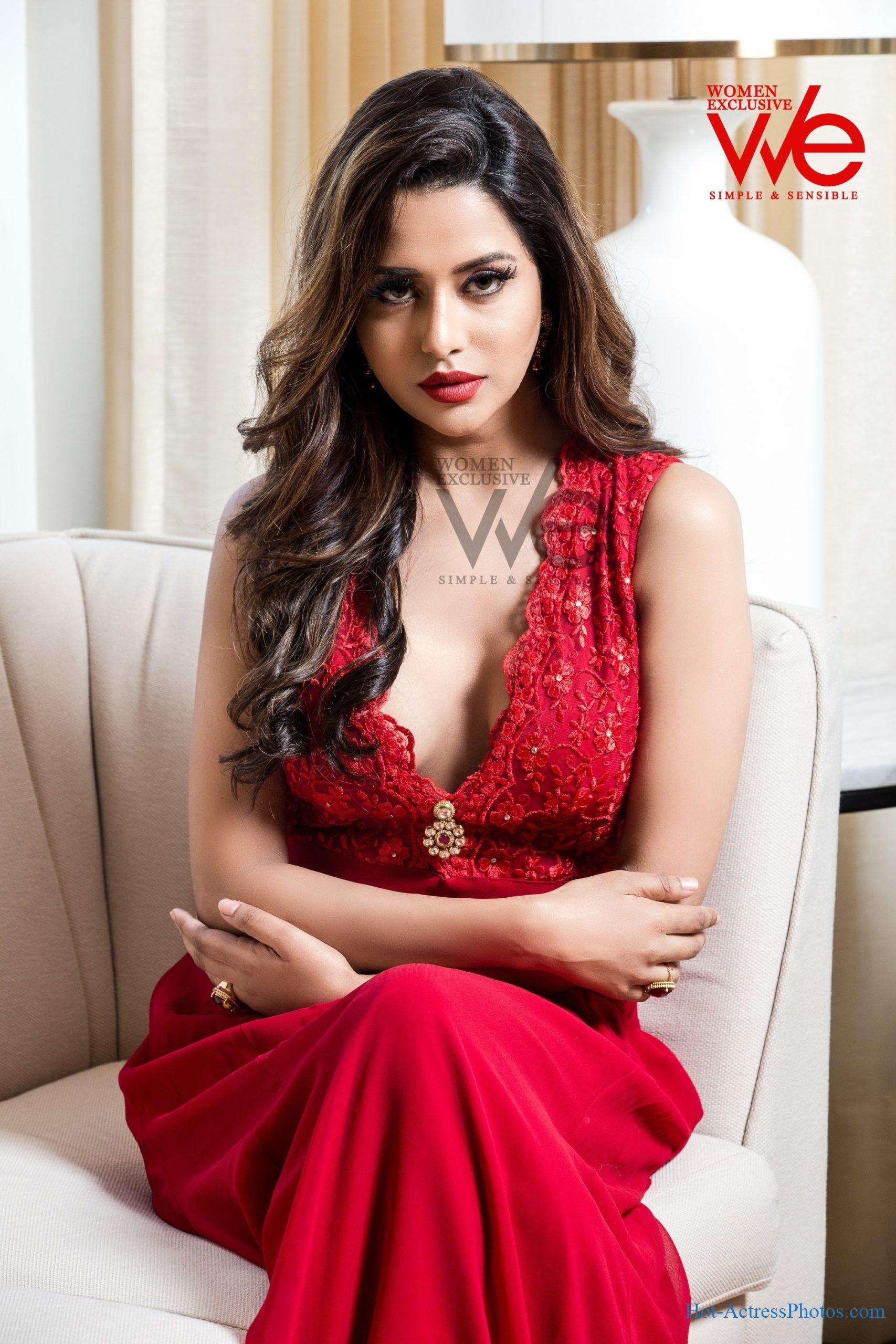Raiza Wilson Hot We Magazine Photoshoot Stills