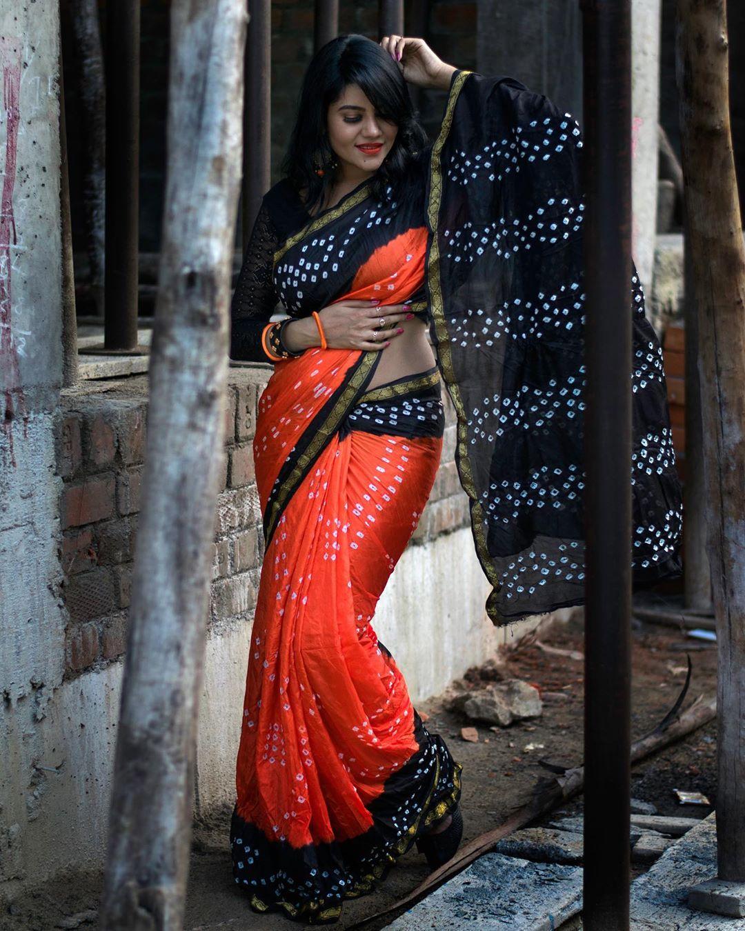 Nivisha Hot And Sexy Photos In Saree - Hot Actress Photos