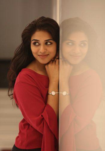 Indhuja Ravichandran New Hot Images