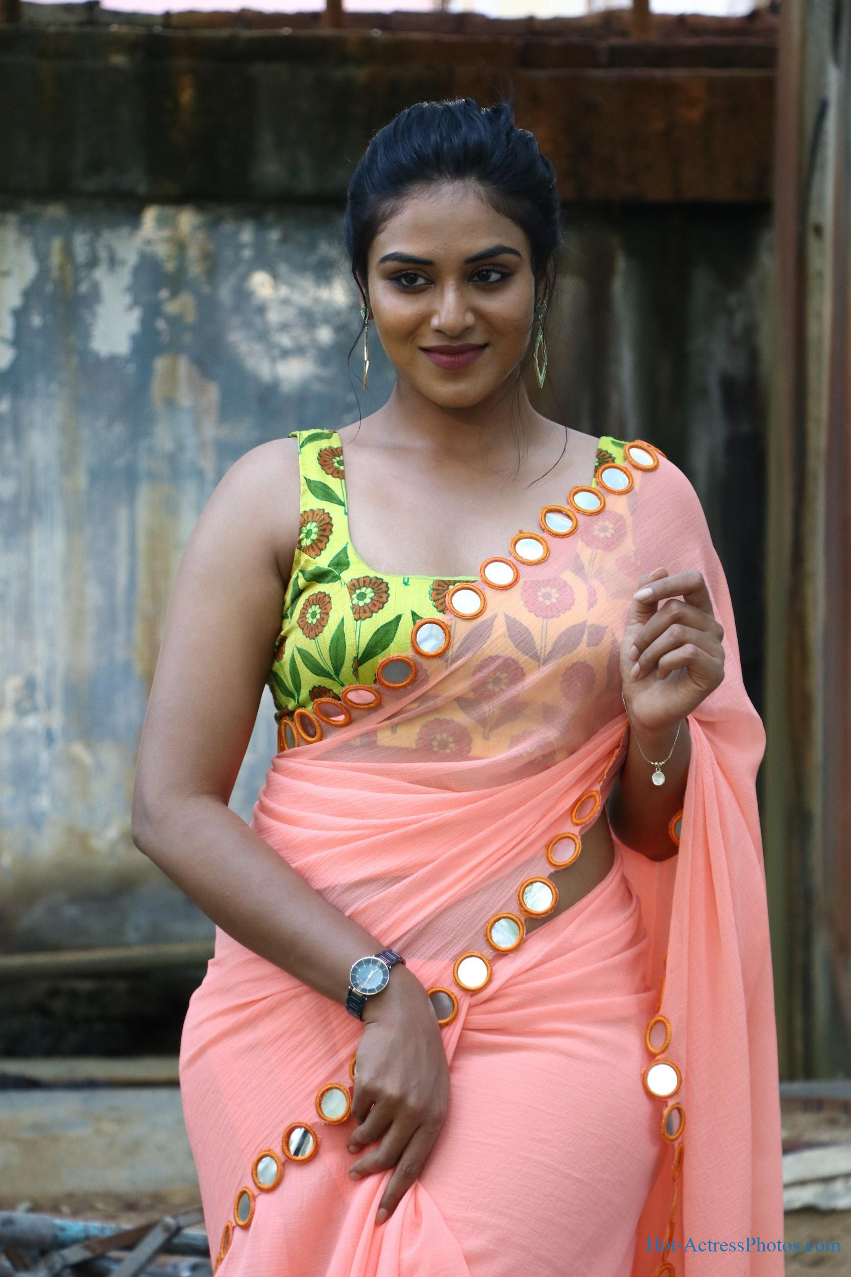 Hot ass saree Magamuni Movie Actress Indhuja Ravichandran Hot Photos In Saree Hot Actress Photos