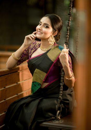 Magamuni Movie Actress Mahima Nambiar Hot Photos In Saree