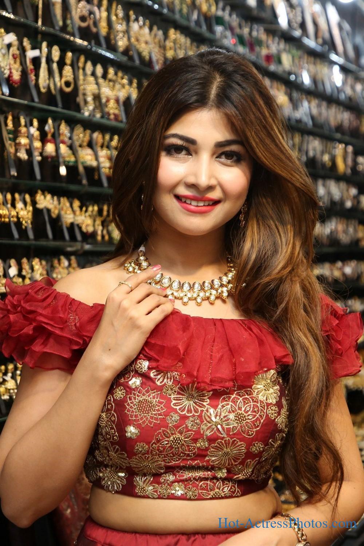 Srijitaa Ghosh Gorgeous Photos