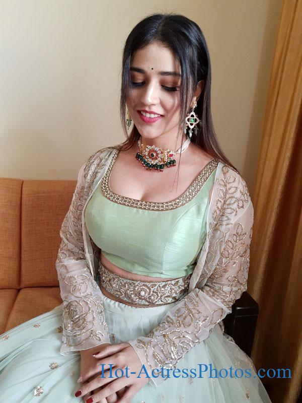 Priyanka Jawalkar Hot Photos In Ethnic Wear For The Inauguration of Pantaloons Store