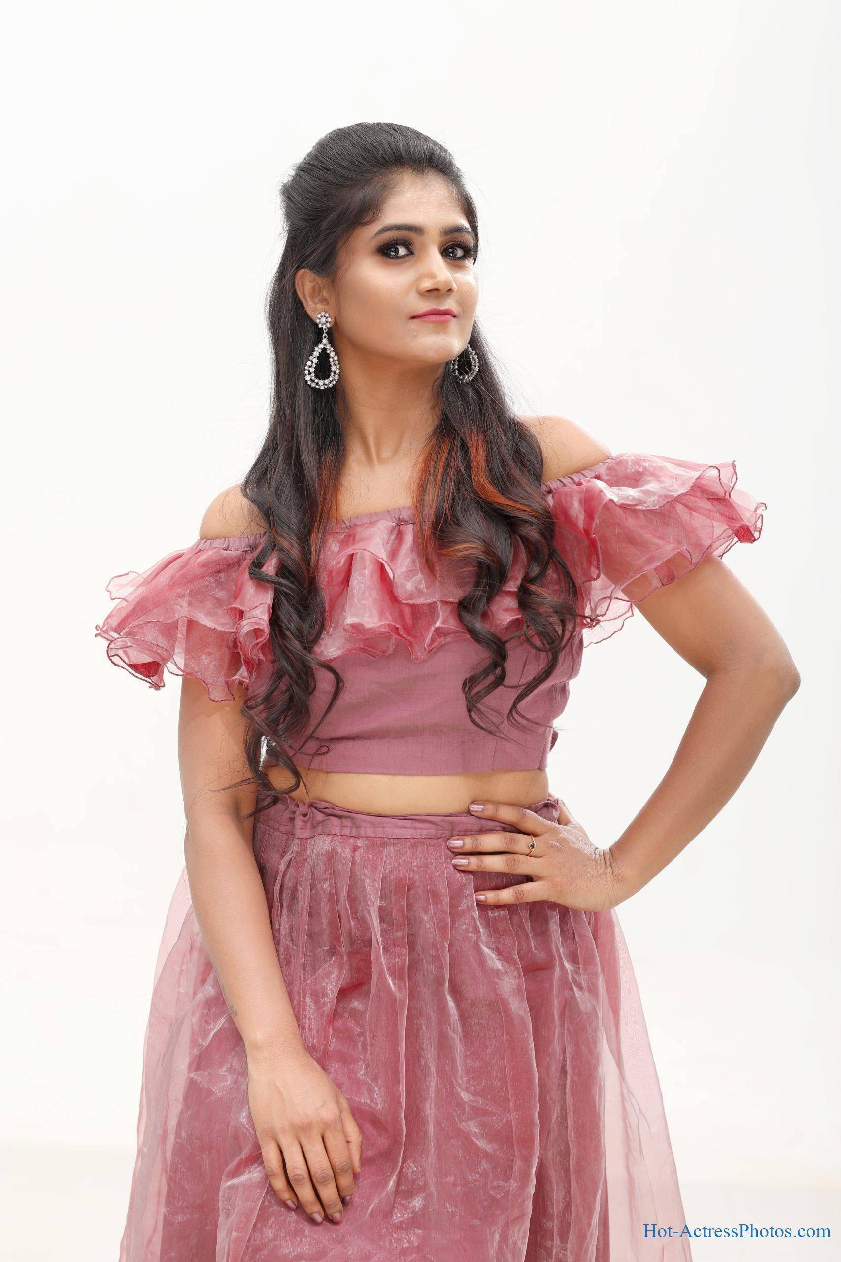 Sara Venkatesh Hot Photos